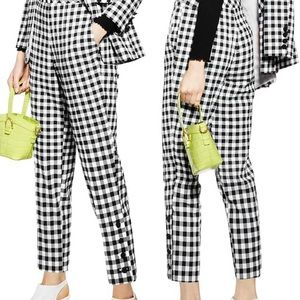 TOPSHOP GINGHAM TAPERED PANTS IN BLACK/WHITE